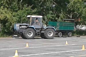 Экзамен на вождение трактора