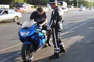 Нужны ли права для управления мотоциклом?