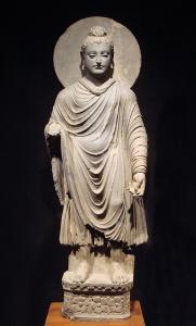 Ранняя скульптура Будды