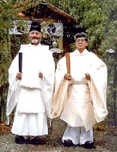 Синтоистские священники
