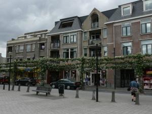 Грот-Зюндерт, Нидердланды